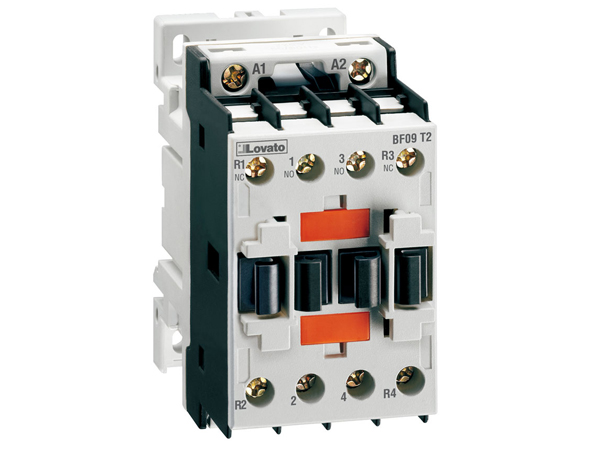 four pole contactor iec operating current ith ac1 32a ac four pole contactor iec operating current ith ac1 32a ac coil 60hz 120vac 2no and 2nc
